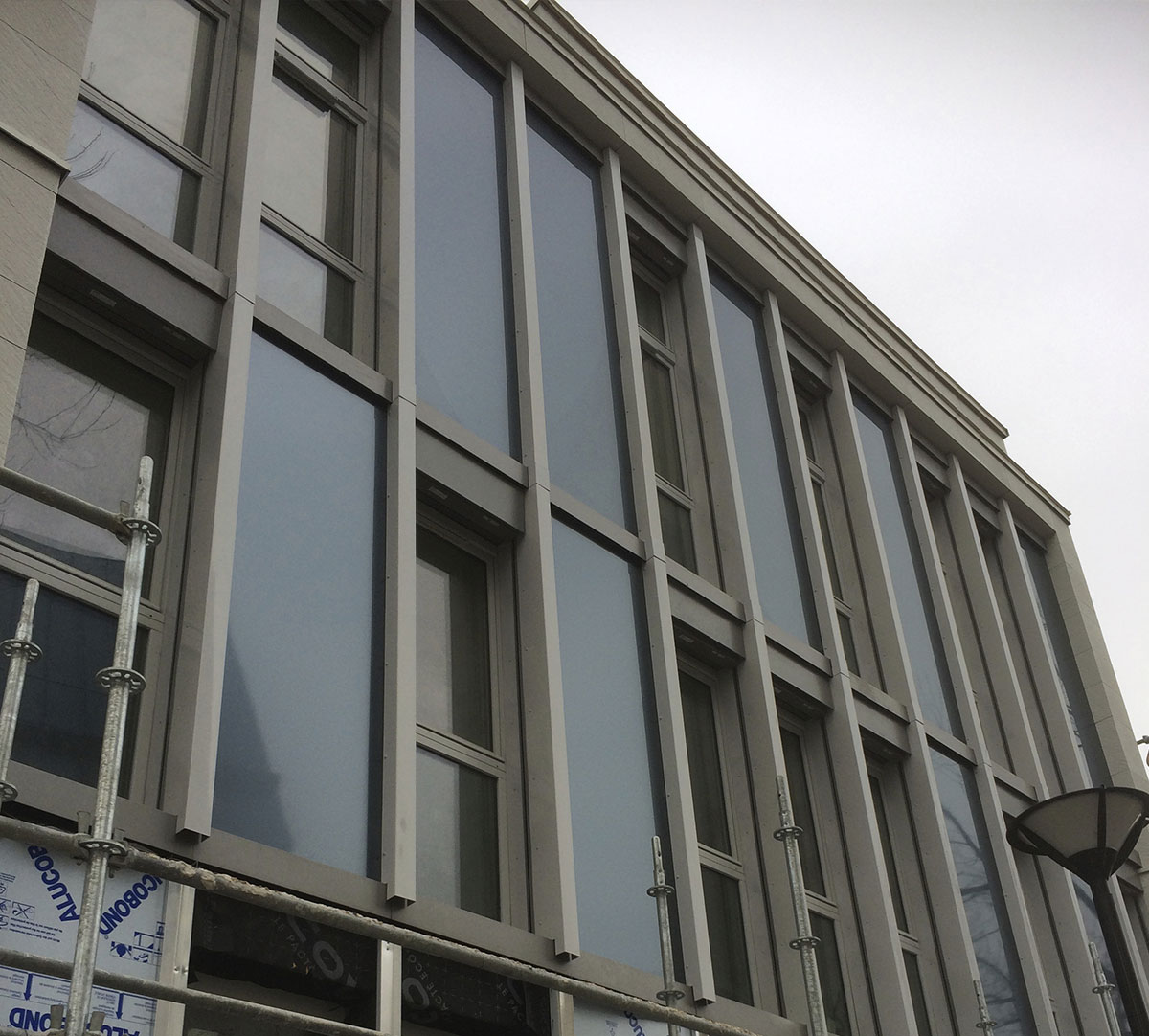 Réalisation Encadrement de fenêtres / Habillage verticaux : image 3