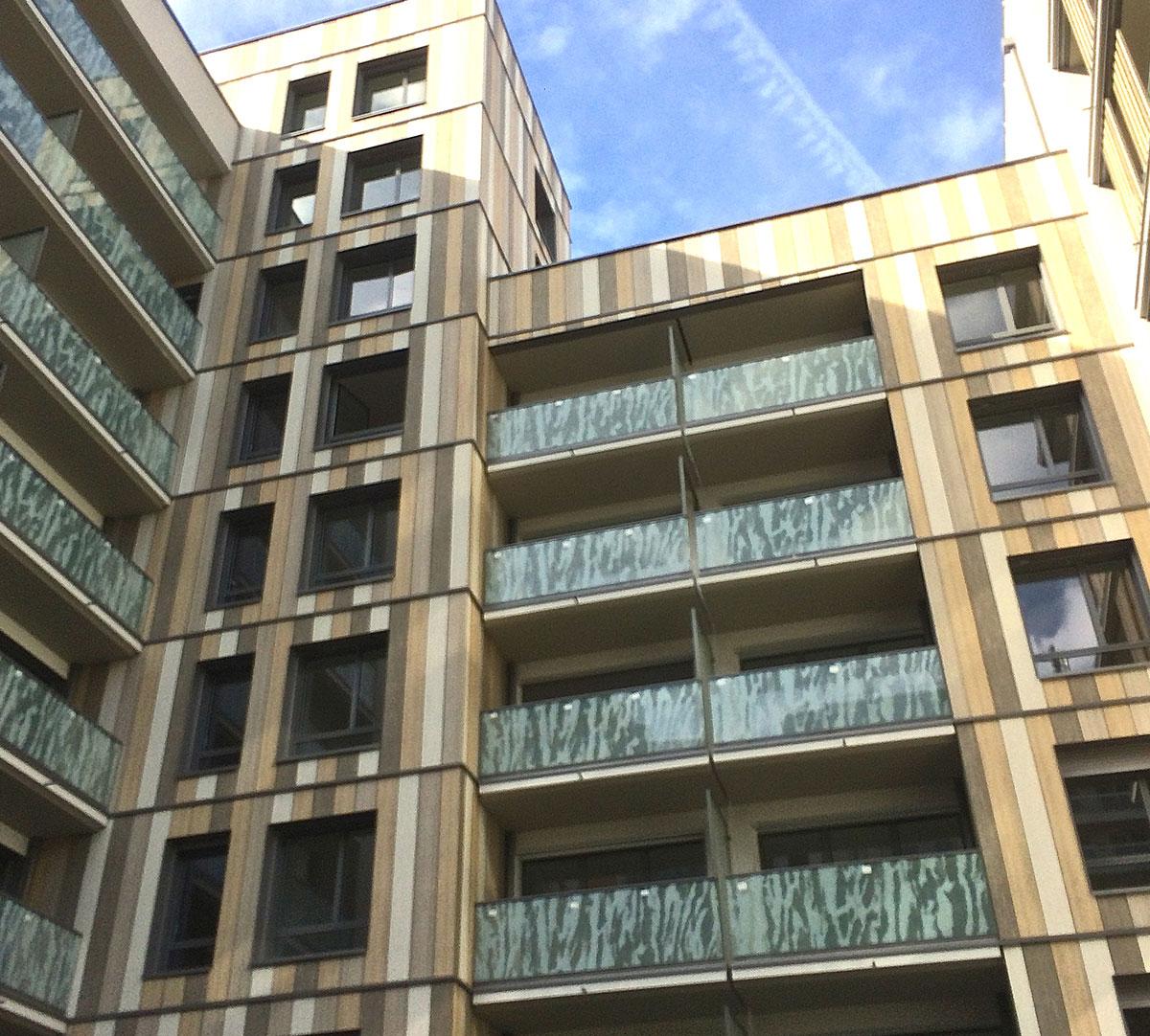 Réalisation Encadrement de fenêtres et couvertines d'acrotères sur bardage bois : image 2