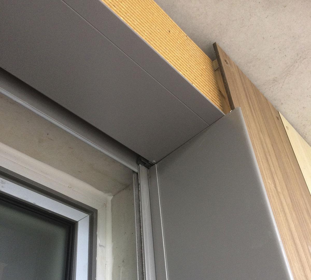 Réalisation Encadrement de fenêtres et couvertines d'acrotères sur bardage bois : image 5